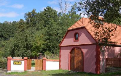 Skelná huť u Hluboké nad Vltavou
