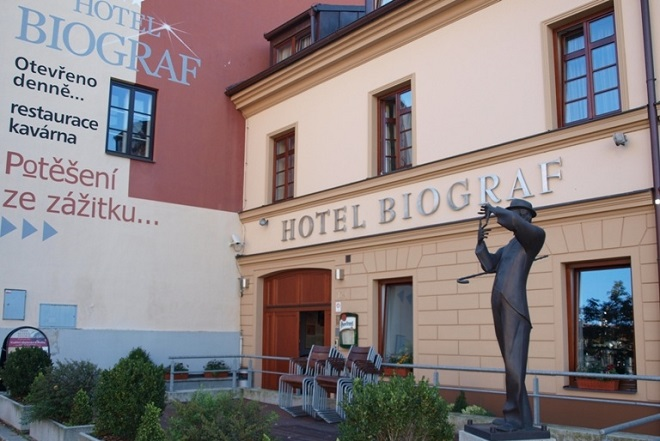 Hotel a Restaurace Biograf